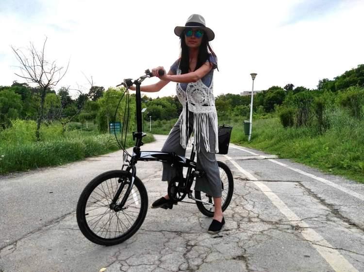 bicycle wanderer