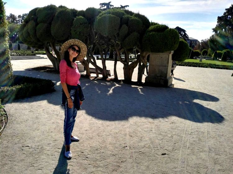 el-retiro-park-madrid-spain