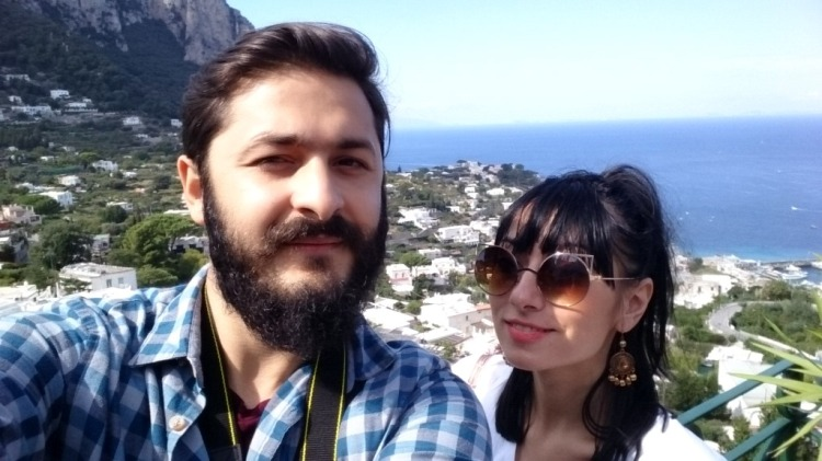 travel_couple_capri