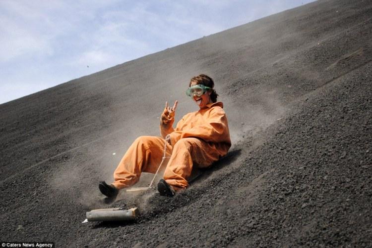 cerro-volcano-boarding