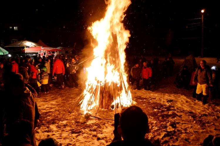 foc-de-tabara-borsa