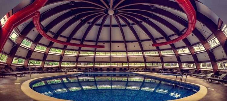 hotel perla piscina