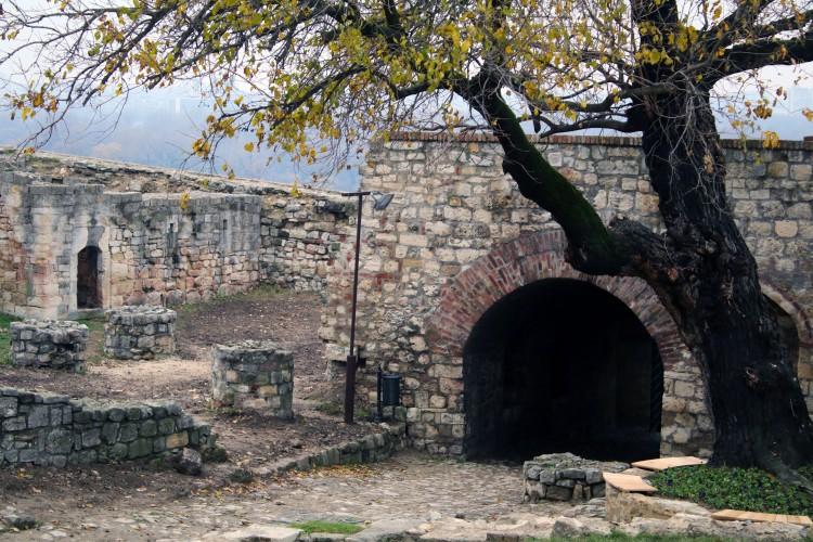 fortress serbia.jpg