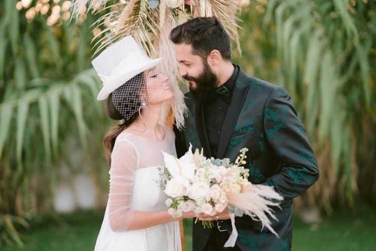 femeie care caută un singur bărbat Site- ul de nunta? i intalnirea gratuita